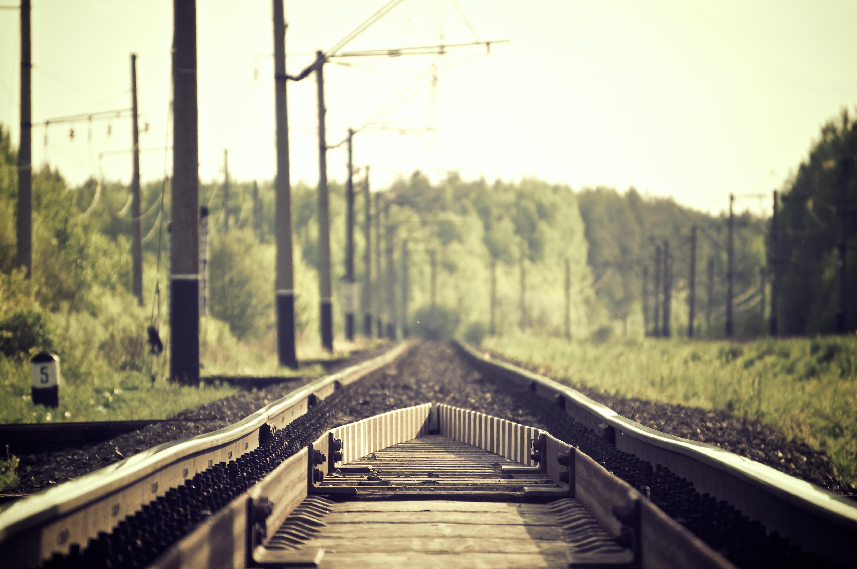 Vi bygger och underhåller järnvägsspår